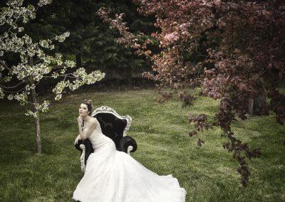 la-sposa-seduta